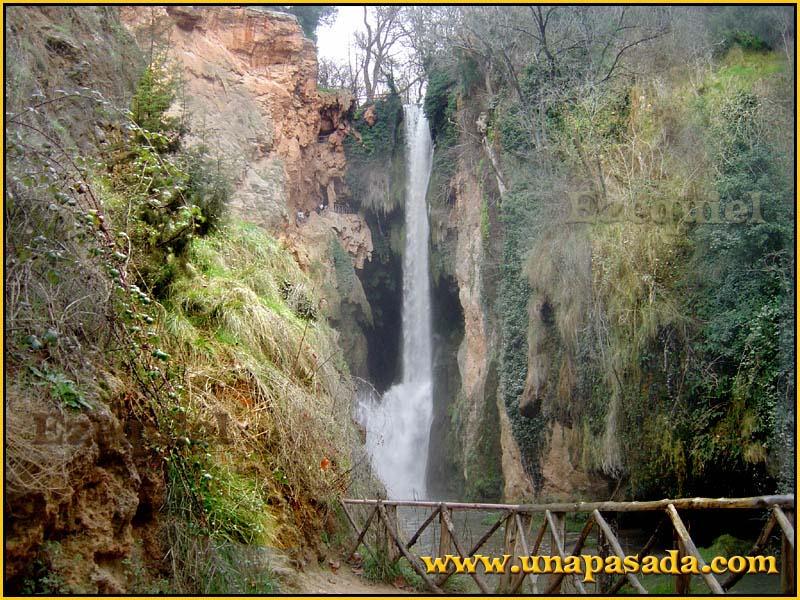 postal_paisajes_del_monasterio_de_piedra_foto_01