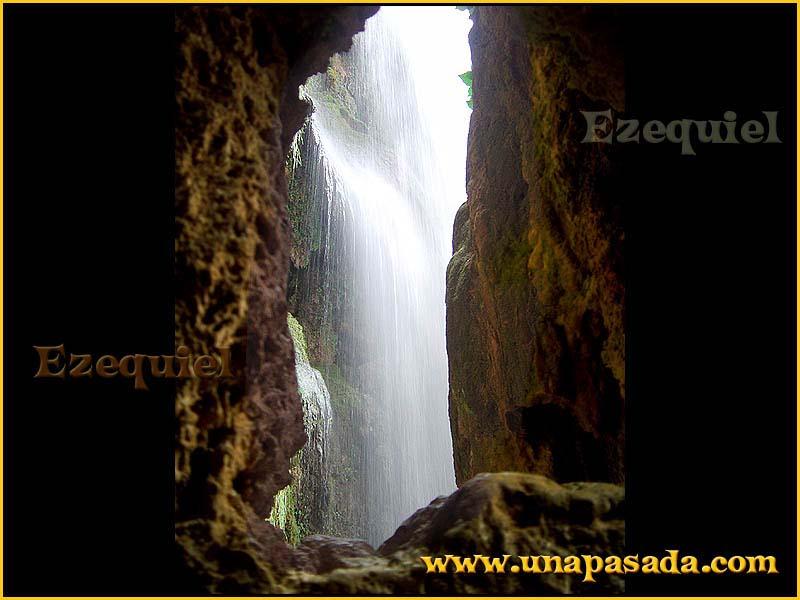 postal_paisajes_del_monasterio_de_piedra_foto_12