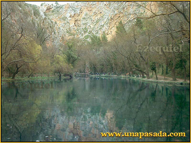 postal_paisajes_del_monasterio_de_piedra_foto_25