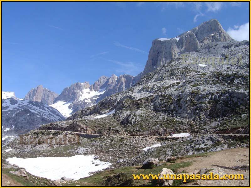 postal_paisajes_de_los_picos_europa_foto_07